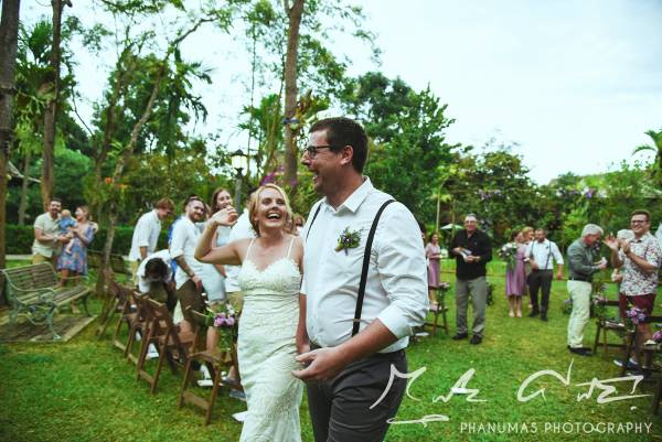 Emily-and-Toms-Chiang-Mai-wedding-Thailand-walking-up-the-aisle